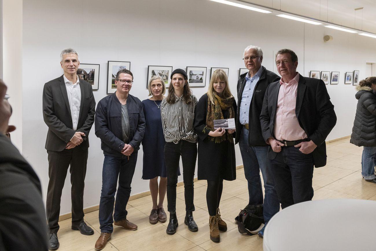 Gruppenfoto Ausstellungseröffnung