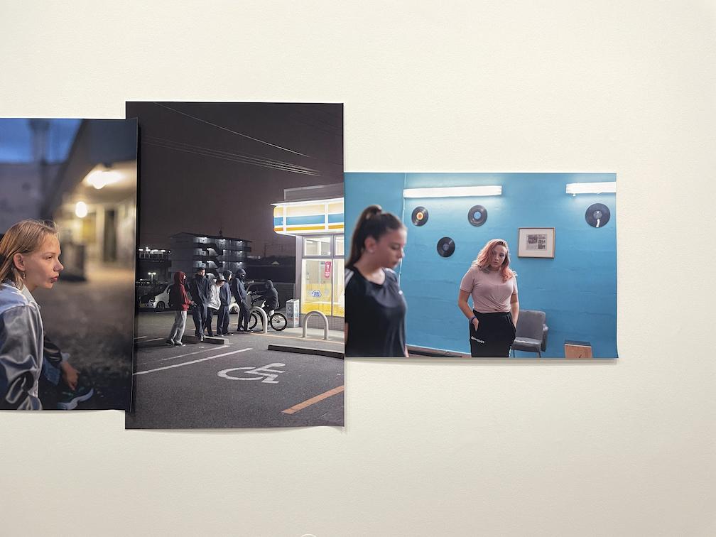 Tobias Zielony - Ausstellungsfoto: Christoph Kniel